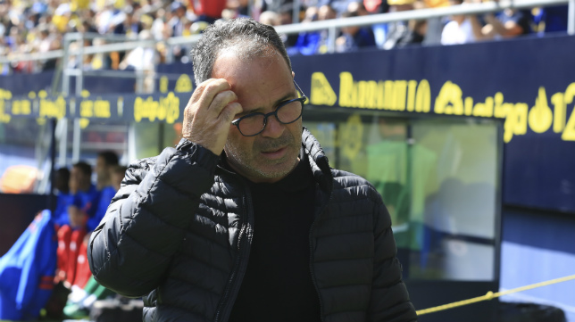 Álvaro Cervera, entrenador del Cádiz CF.