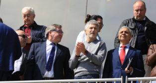 Grande-Marlaska junto a Manuel Vizcaíno y Moisés Israel.