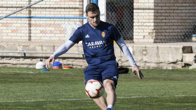 Lasure en un entrenamiento con el Zaragoza. Foto: Heraldo.