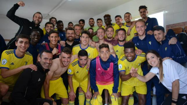 Los futbolistas del Cádiz B, tras ganar en Guadalcacín. FOTO: Cádiz CF