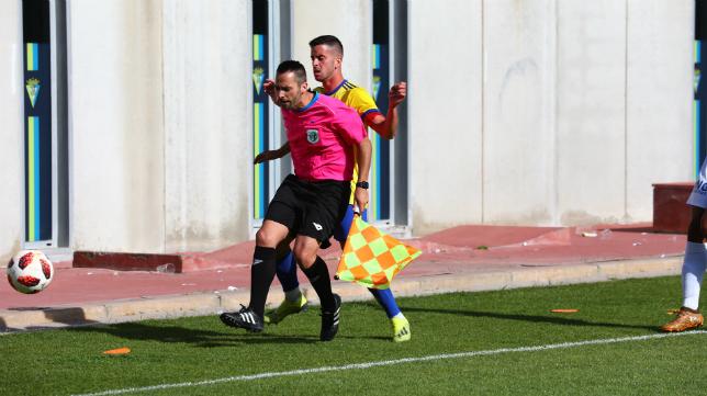 El Cádiz CF B recibe al Osasuna Promesas en El Rosal.