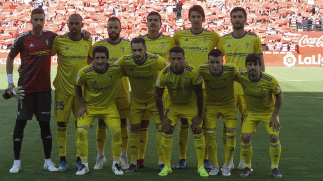 Los futbolistas del Cádiz cF, uno a uno en Granada.