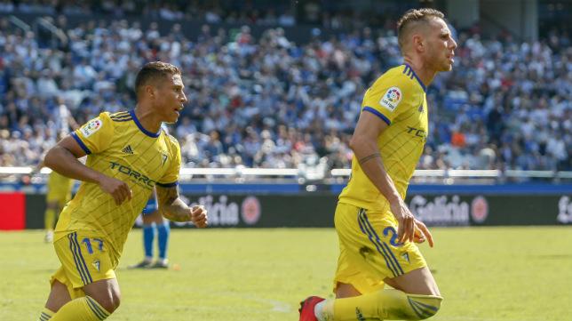 Querol celebra su gol en Riazor