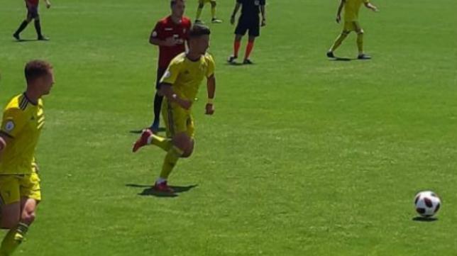 El Cádiz CF B fue de más a menos en Tajonar.