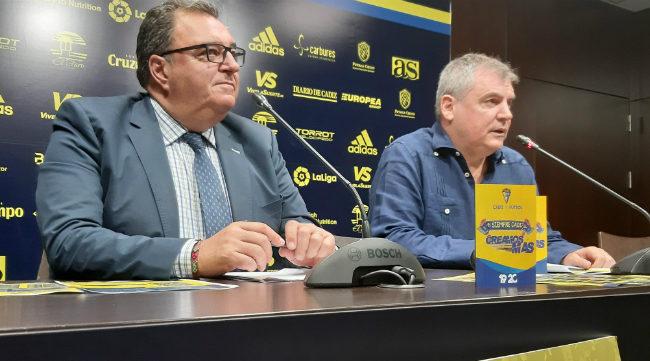 Los directivos del Cádiz CF Santiago Pozas y Manuel Vizcaíno.
