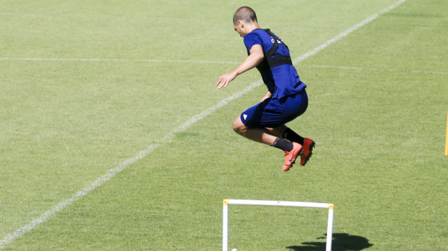 El Cádiz CF depende del resultado de Riazor para poder jugar el próximo 'play off' de ascenso a Primera.