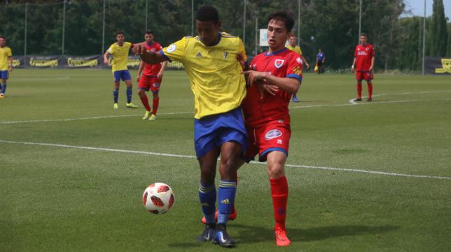 Seth, delantero del Cádiz CF B, se verá las caras con el Unión Viera, su antiguo club.