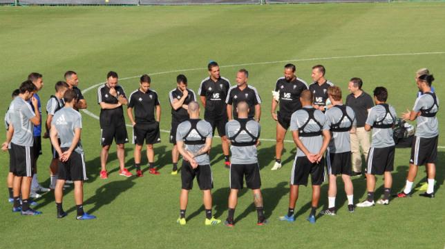 El Cádiz CF ha comenzado hoy a trabajar sin Manzano en el día a día.