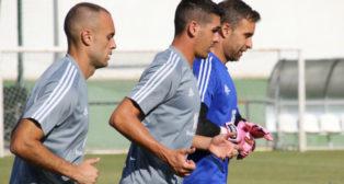 Cala, Garrido y Cifuentes, en un entrenamiento en Benalup. / CCF