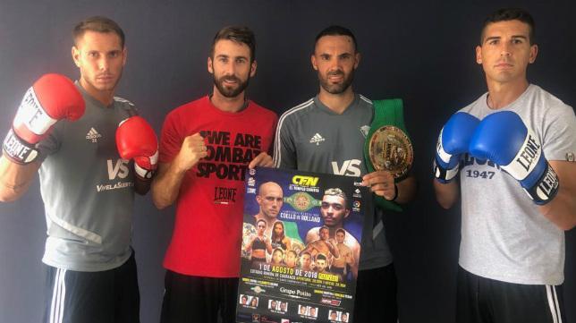 Querol, José Mari, Sergio Sánchez y Garrido posan con el cartel de la velada.