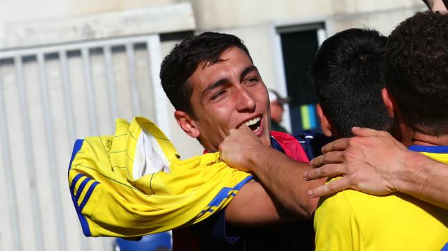 Cubero termina su etapa en el Cádiz CF B.