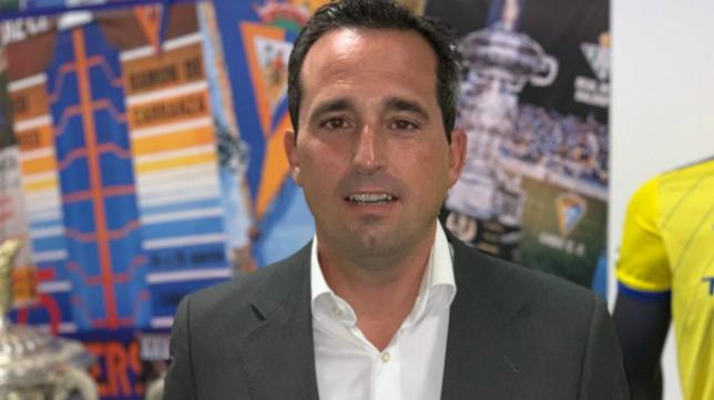 Enrique Pérez, director corporativo y de negocio del Cádiz CF. Foto: Cádiz CF.