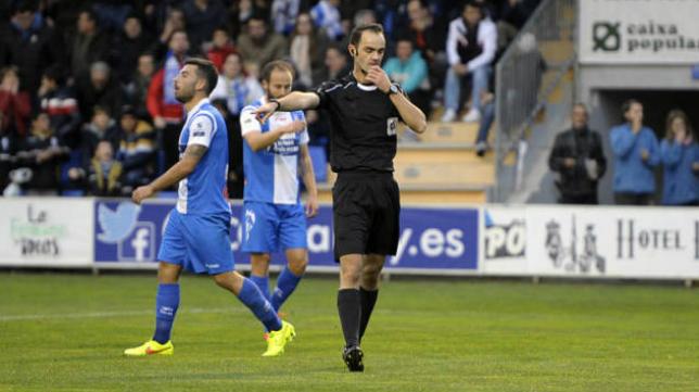 Collado López, árbitro manchego. Foto: Alicante Plaza.