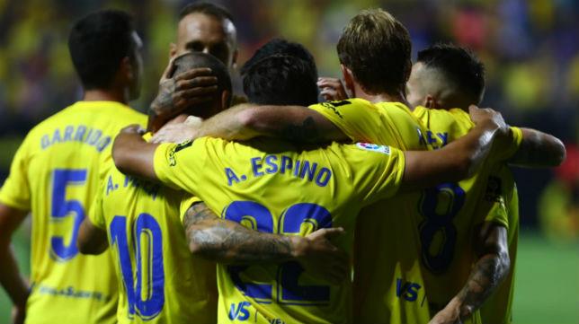 El Cádiz CF ganó 2-0 al Girona.