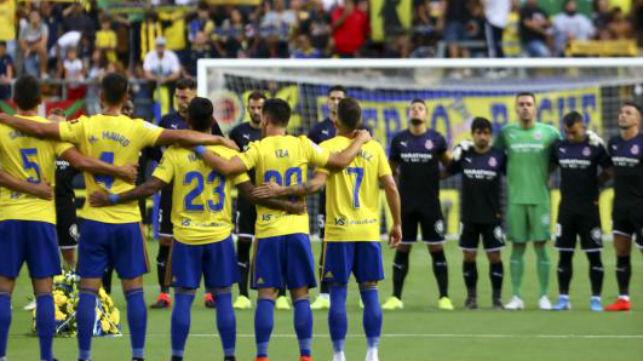 El Cádiz CF introduce siete cambios en el once de Alcorcón.