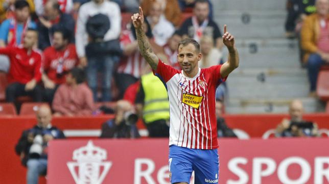 Aitor García firmó un doblete la pasada jornada.