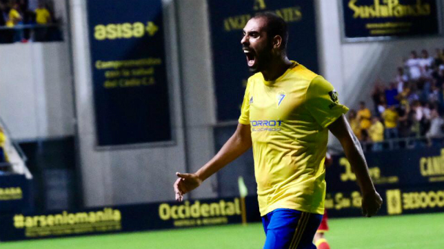 Fali celebra su gol en Carranza
