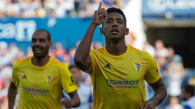 'Choco' Lozano abrió el marcador en La Romareda.