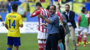 El Cádiz CF empató sin goles en casa ante el Girona en la novena jornada.