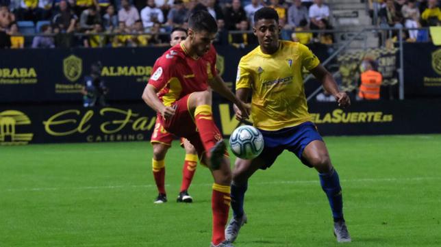 'Choco' Lozano ha sido el delantero de referencia del Cádiz CF durante buena parte de la temporada.