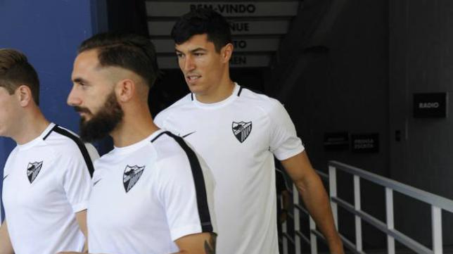 Diego González, defensa del Málaga, sí estará en Cádiz. Foto: Sur.