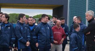 Fernando Massa, a la derecha, entrenador del Cádiz CF Genuine.