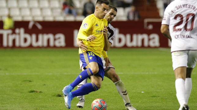 Jurado debutó con el Cádiz