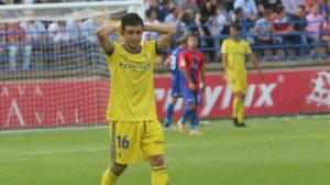Matos se lamenta tras perder en casa del Extremadura en la novena jornada.