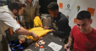 Nano Mesa y Lozano firmaron autógrafos este miércoles.