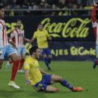 Iza, en el momento de marcar el primer tanto al Lugo.