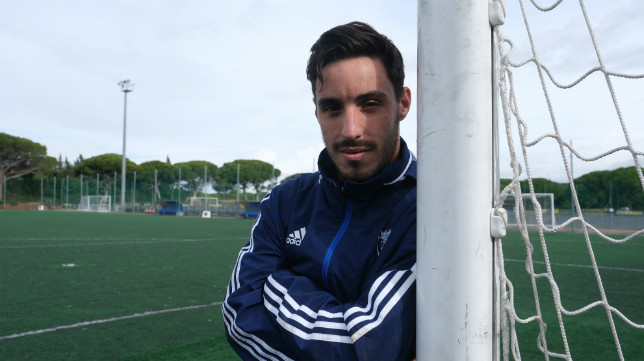 Iza está triunfando en su primer año en el Cádiz CF.