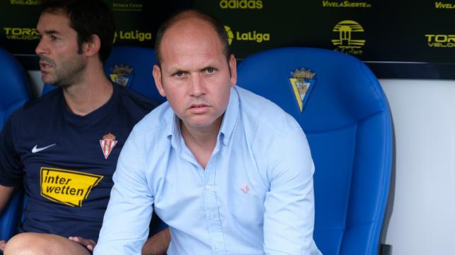 Jose Alberto, entrenador del Sporting