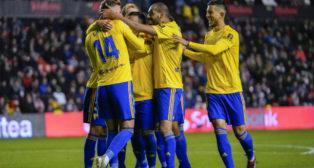 El Cádiz CF puede repetir el once de Vallecas en Tenerife.