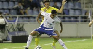 Marcos Mauro en el choque en Tenerife.