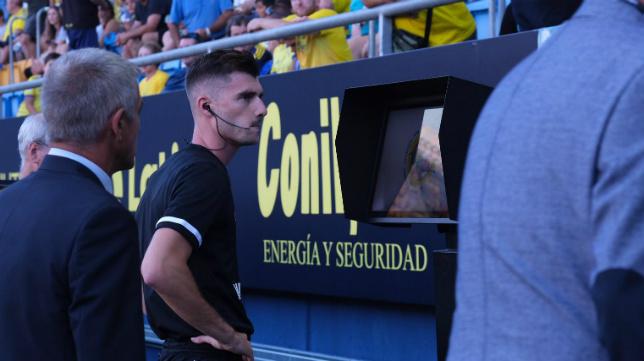 El VAR 'debutó' en Carranza la primera jornada.
