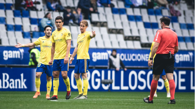 El Cádiz CF venció con facilidad en el encuentro de ida.