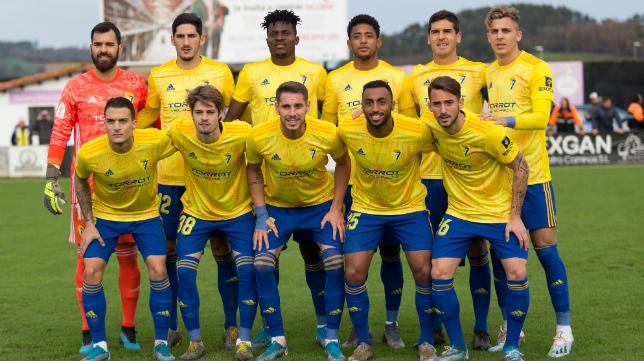 Muchas novedades en el once inicial del Cádiz CF.