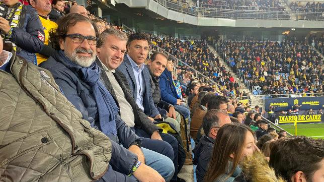 Quique Pina vio el encuentro junto al accionista Rafel Fernández Bernal.