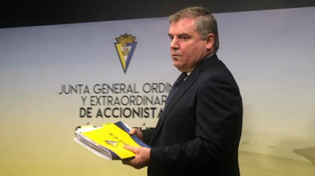 Manuel Vizcaíno, en la Junta de Accionistas del Cádiz CF 2019.