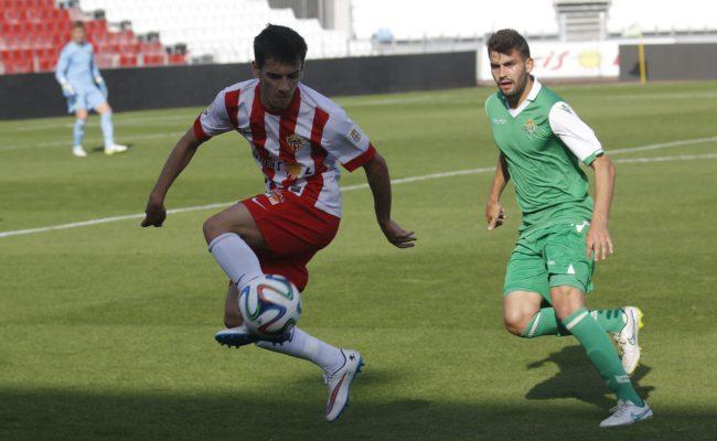 Panadero, en un partido con el filial del Almería.