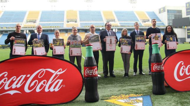Cádiz CF y Coca-Cola caminan de la mano. Foto: Coca-Cola.