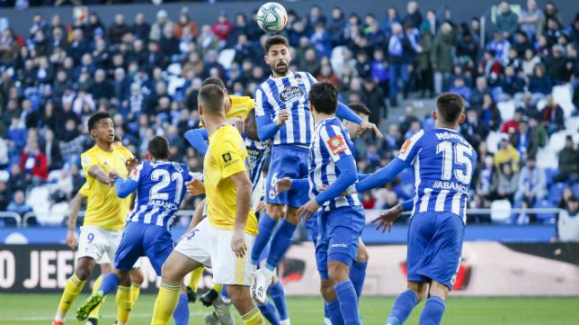 El Cádiz CF salió derrotado de Riazor ante el Deportivo (1-0).