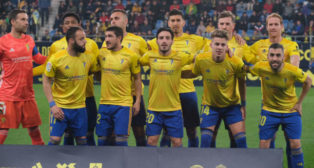 El Cádiz CF modificará su once ante el Deportivo.