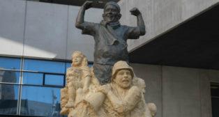 Monumento a la afición del Cádiz CF