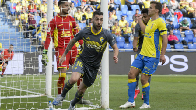 Perea adelantó al Cádiz CF.