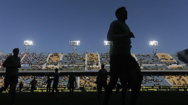El Cádiz CF no competirá en las próximas semanas.