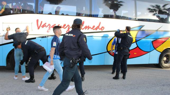Los ultras malagueños serán escoltados por la policía a Carranza.