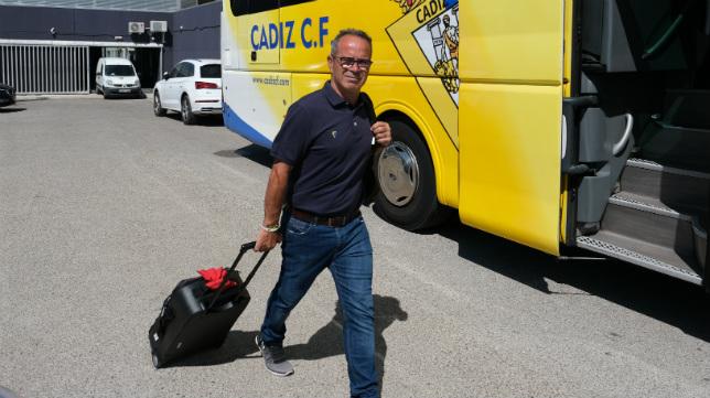 El Cádiz CF hace momentáneamente las maletas.
