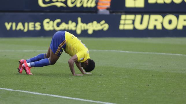 'Choco' Lozano se marchó 'tocado' ante el Zaragoza.