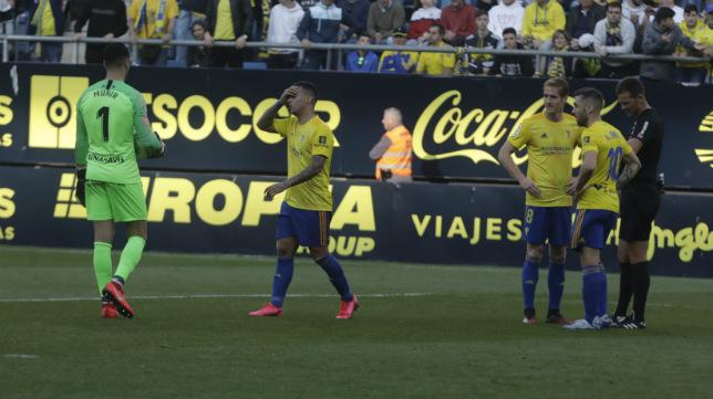 Nano Mesa sigue sin creerse la jugada ante el Málaga.
